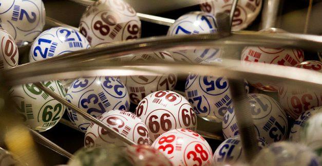 Adecuar la fiscalidad de bingos y casinos
