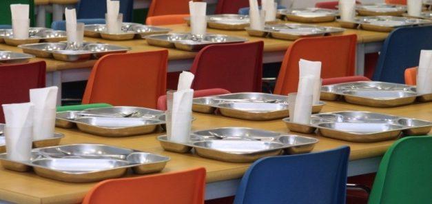 Empresas de Comedores Escolares recortan salarios con la complicidad de Conselleria y Ayuntamientos